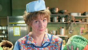 Victoria Wood in Dinnerladies